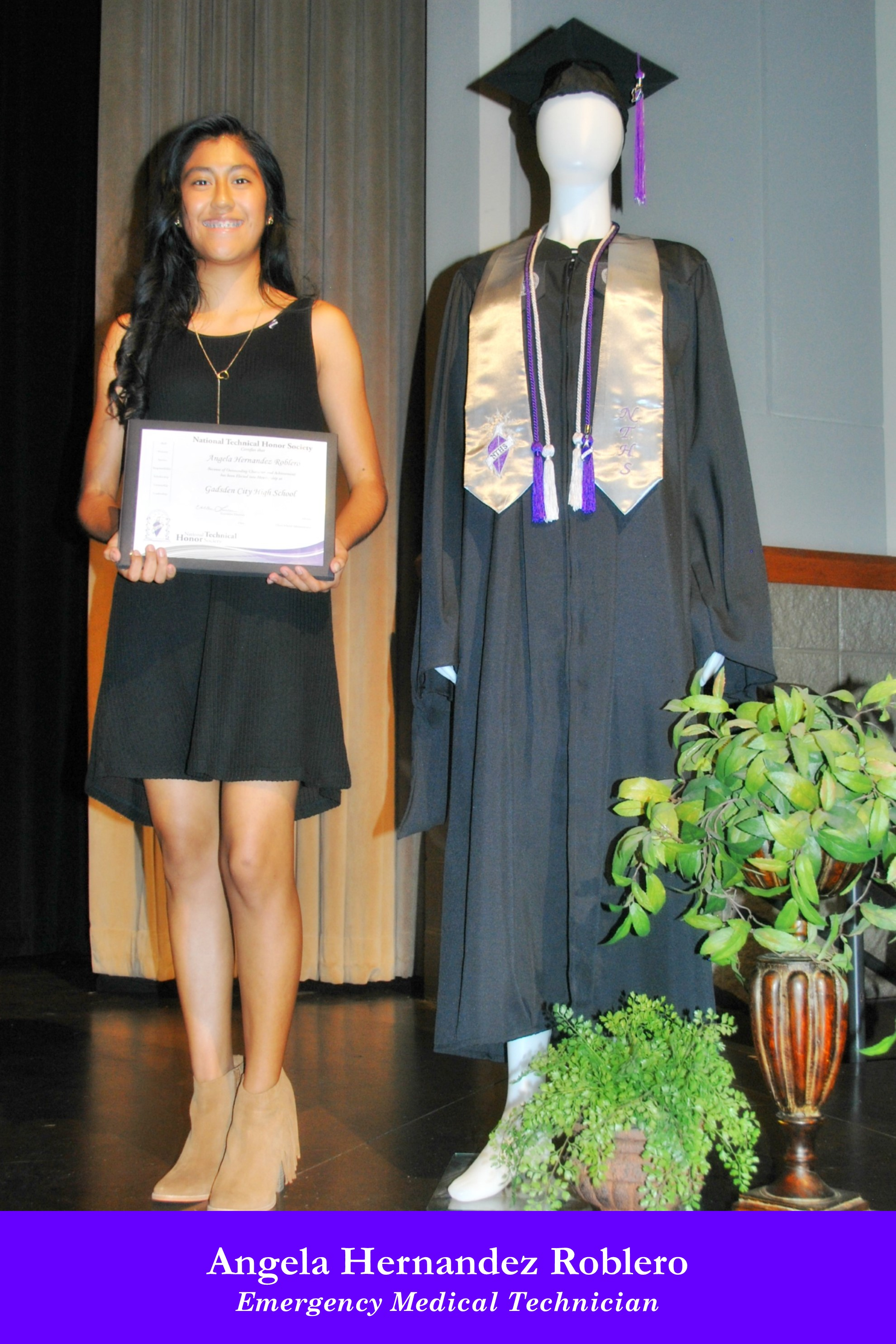 NTHS Induction Angela Hernandez Roblero